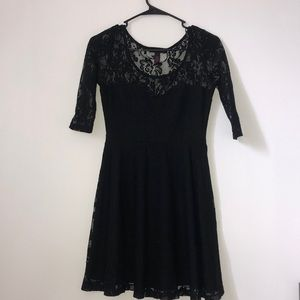 Macy's Black Lace Half Sleeve Dress Size Small